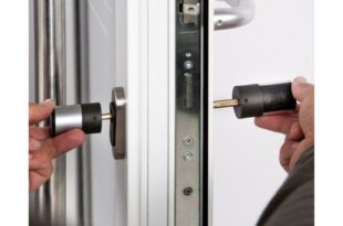 Как восстановить стальную дверь